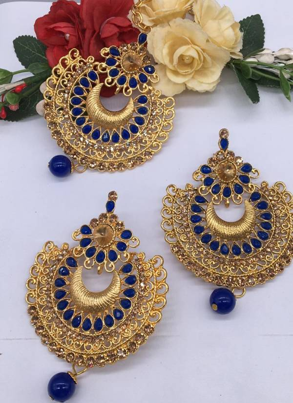 Latest Designer Pretty Earrings Collection With Maang Tikka