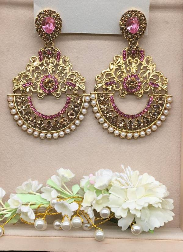 Stunning Chandbali Collection To Enhance Your Attire