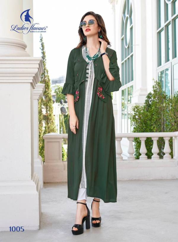 Life Style Vol-4 Ladies Flavour Designer South Cotton Stripes & Rayon Stripes & Mull Cotton & Musline With Embroidery Work Comfy Kurti With Pant