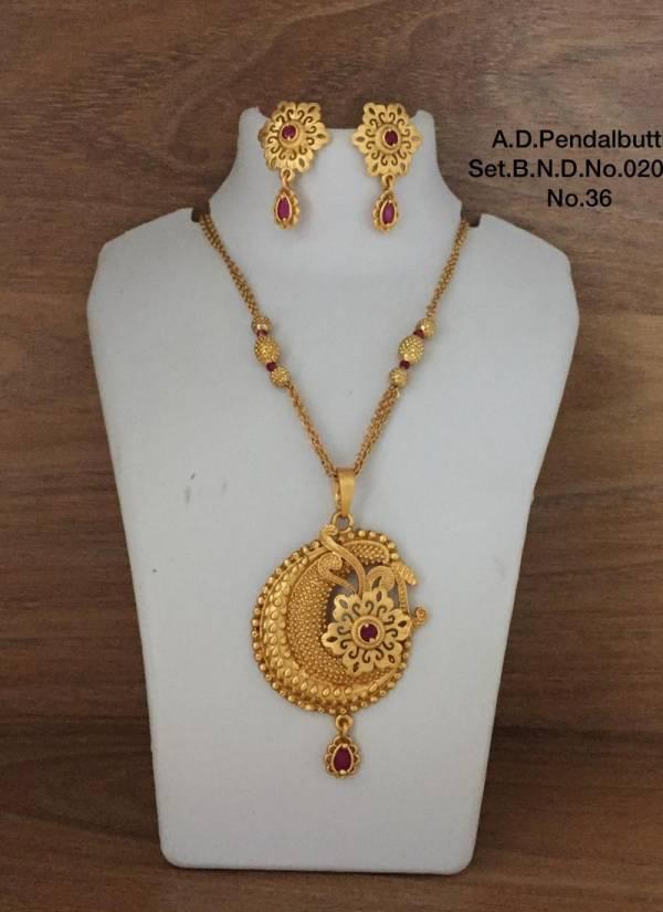 Festive Wear Pretty Exclusive Pendalbutti Set Collection